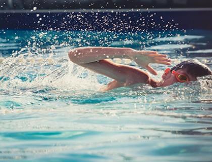การมีสระว่ายน้ำที่บ้าน มีข้อดีอะไรบ้างนะ?